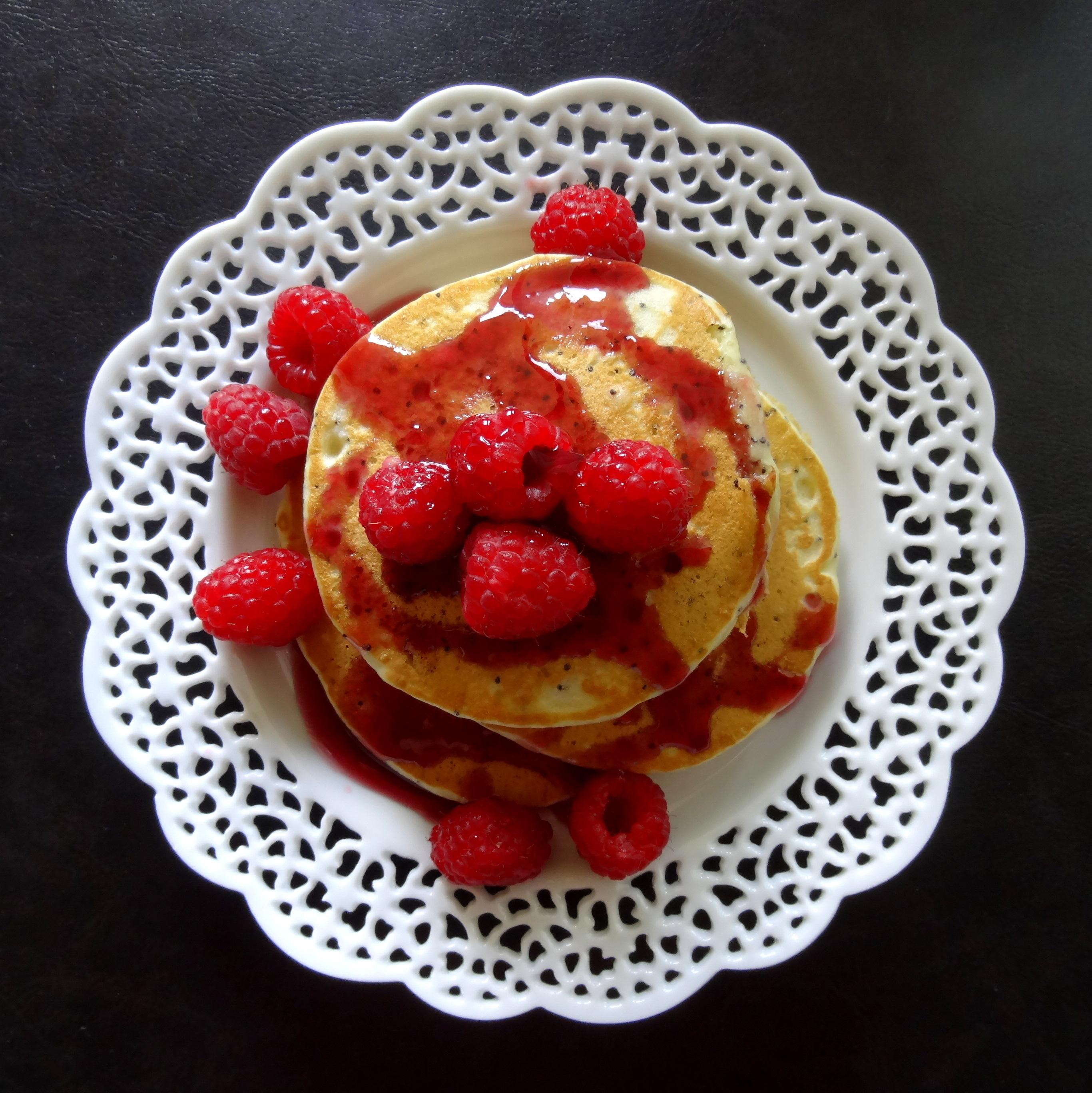 amaretto poppy seed pancakes