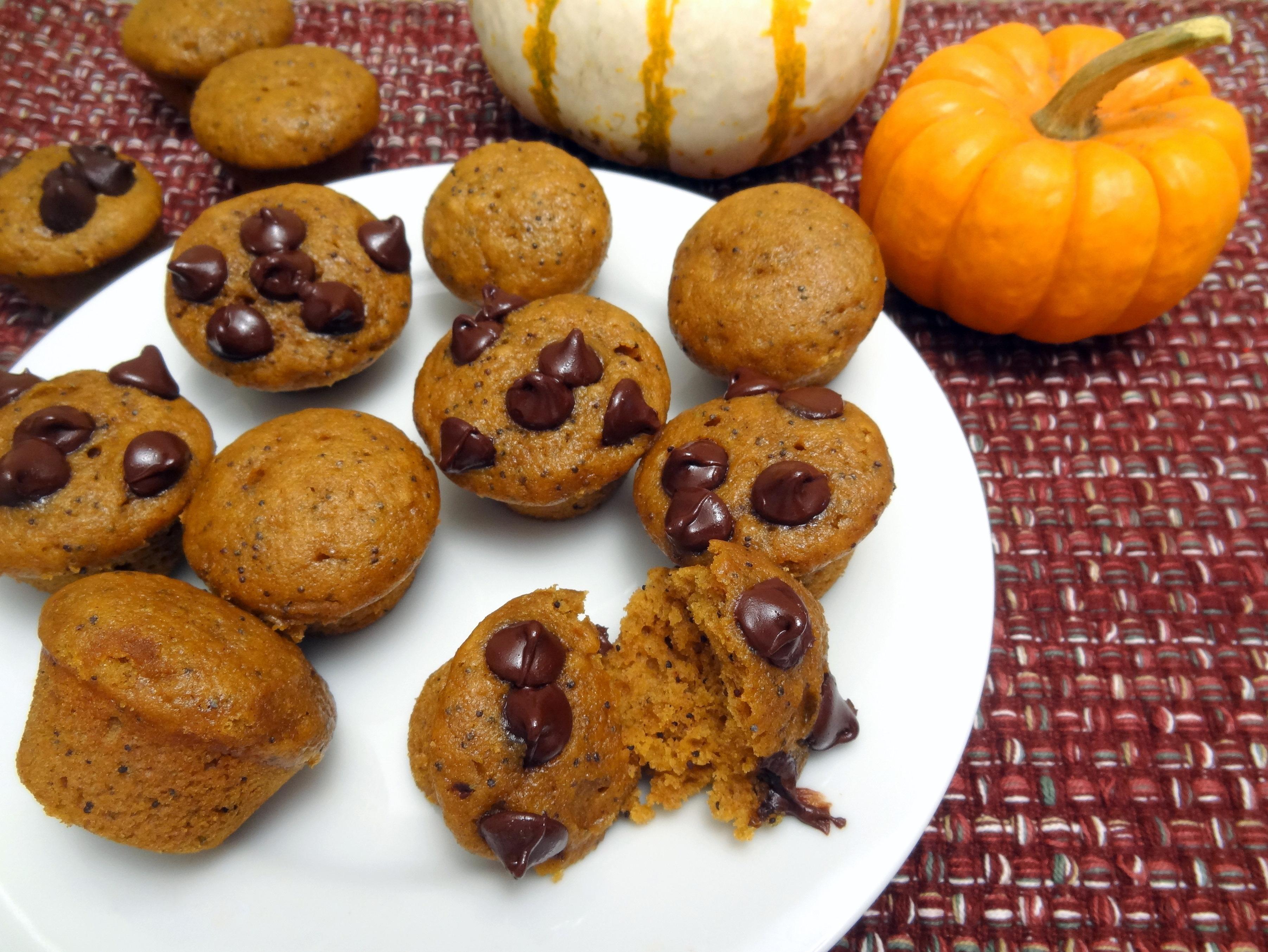 mini poppy seed chai pumpkin muffins