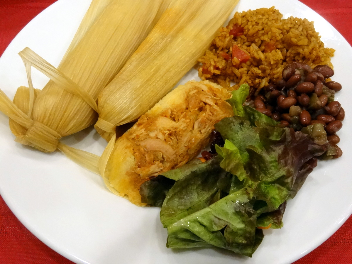 guajillo-pineapple chicken tamales