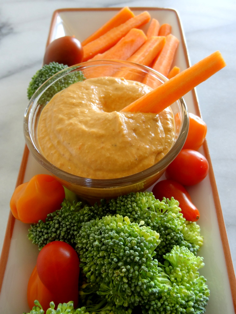 chipotle and roasted red pepper hummus