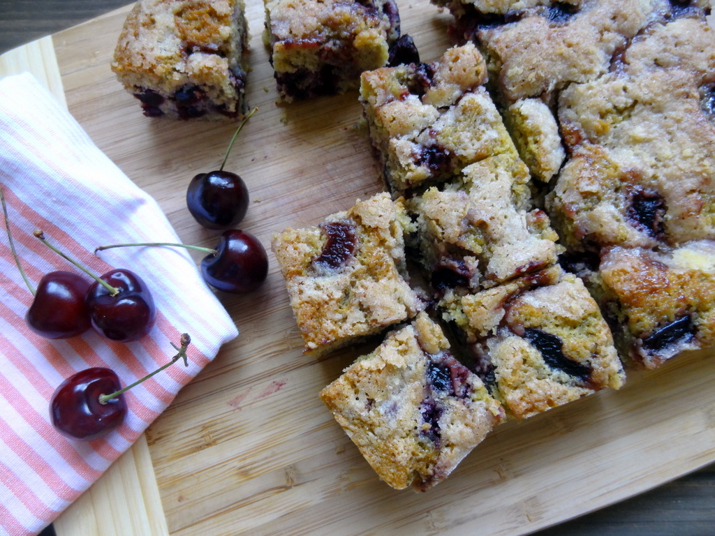 cherry cornmeal buckle